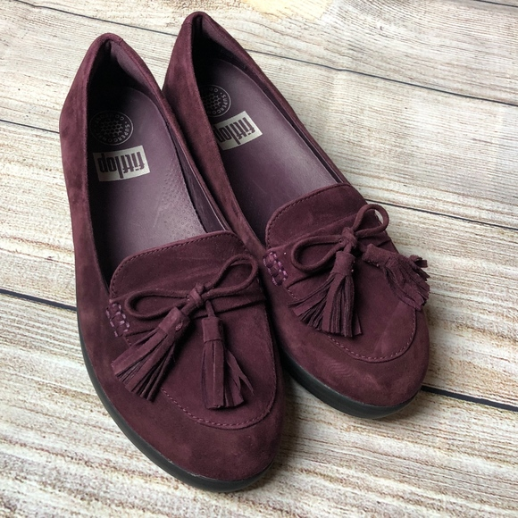 07d1cfd014bcb9 Fitflop Shoes - Fitflop Plum sneakerloafer tassel bow sz 6.5